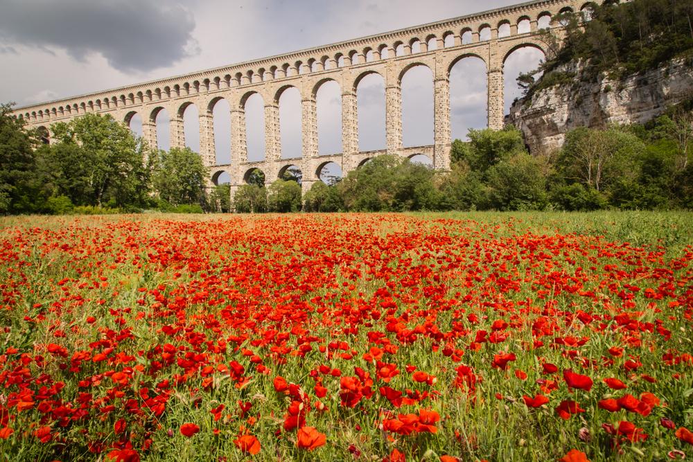 Aqueduc de Roquefavou